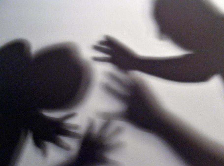 """Medienmitteilung """"Ältere Menschen, Covid-19 und Gewalt: Eine doppelte Gefahr"""""""