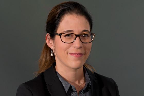 Jahresbericht der Akademien der Wissenschaften Schweiz, mit Portrait von Delphine Roulet Schwab, Präsidentin alter ego